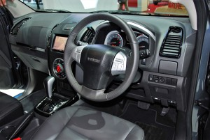Isuzu mu-X Blue Power Interior 33rd Thailand International Motor Expo 2016