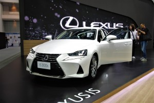 Lexus IS 300h 33rd Thailand International Motor Expo 2016
