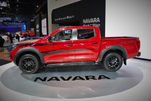 Nissan Navara Black Edition Side View 33rd Thailand International Motor Expo 2016