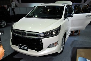 Toyota Innova Crysta White 33rd Thailand International Motor Expo 2016