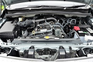 2016 Toyota Innova 2.0 litre Gasoline Engine with Dual VVTi Malaysia YSK_1116