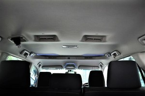 Note  the air-cond vents for second and third row - brilliant idea, Toyota Innova Malaysia 2016 YSK_1019