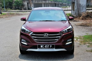 Hyundai Tucson 2.0 Executive Full Front View, Malaysia 2016