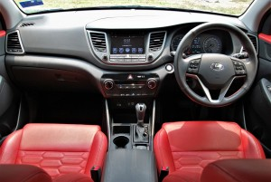 Hyundai Tucson 2.0 Executive Dashboard, Red Leather Seats, Malaysia 2016