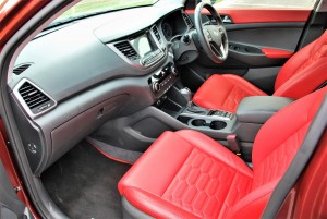 Hyundai Tucson Executive Red Leather Front Seats, Malaysia 2016
