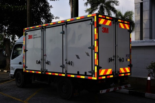 3M Malaysia Launches Reflective Stickers For Commercial Vehicles