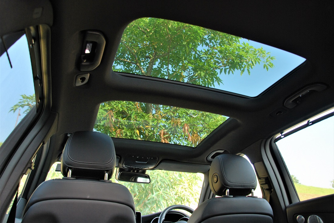 2016 mercedes benz panoramic roof new car reviews and for Mercedes benz panoramic roof