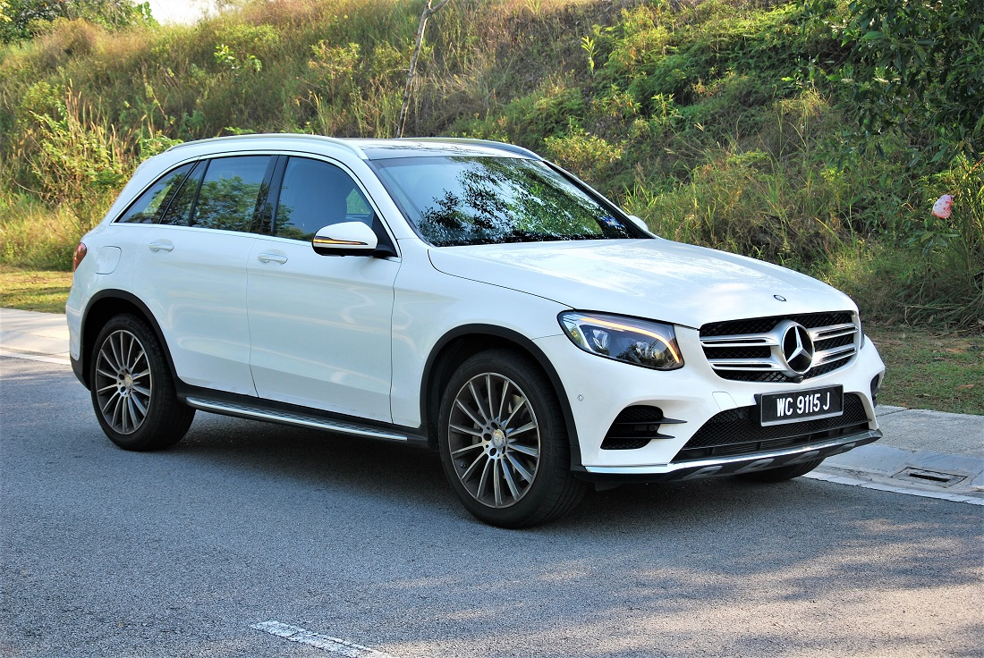 test drive review mercedes benz glc 250 4matic. Black Bedroom Furniture Sets. Home Design Ideas