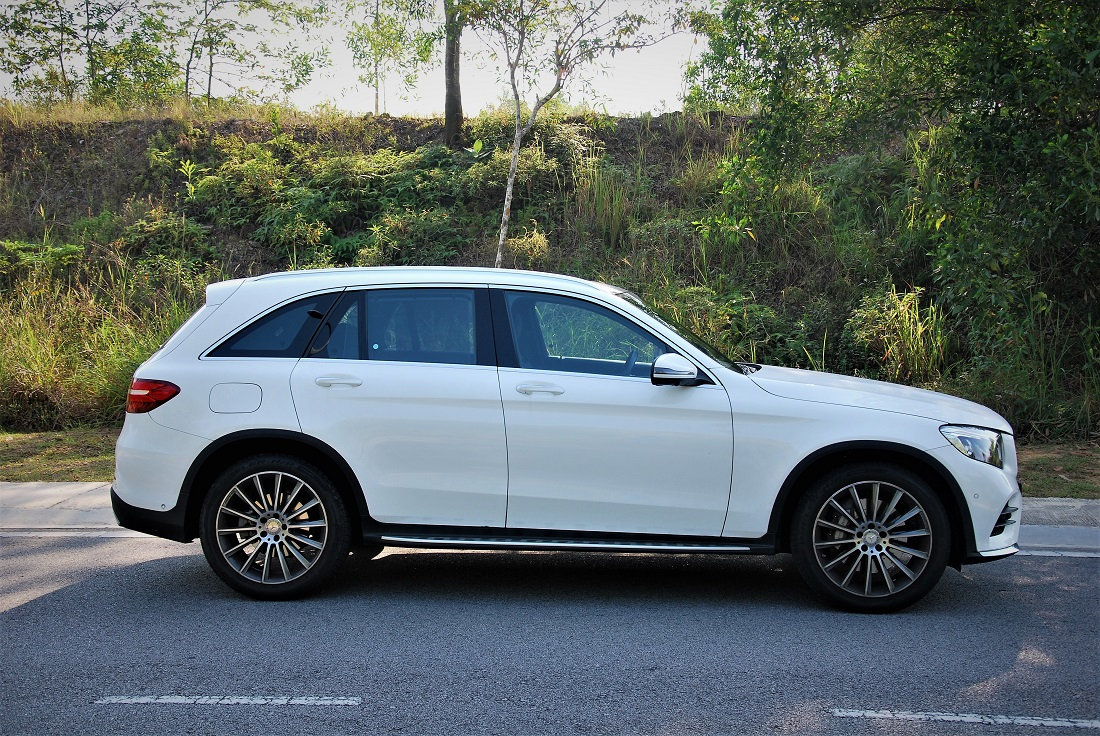 Test drive review mercedes benz glc 250 4matic for Mercedes benz glc