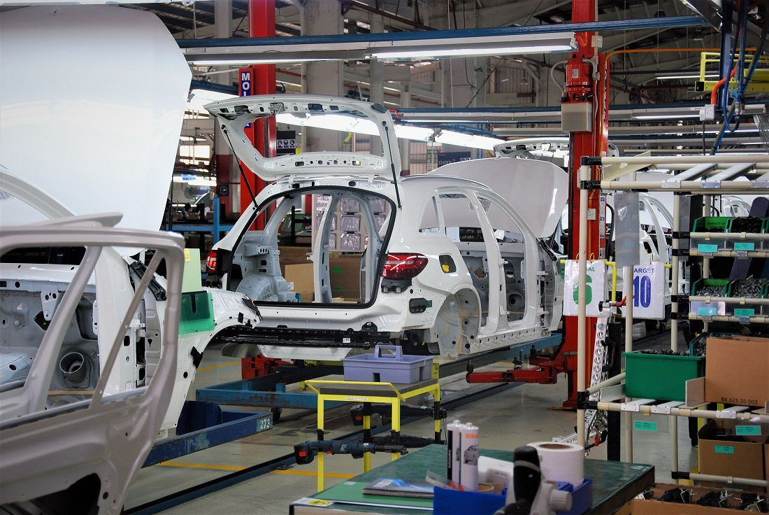 Mercedes Benz Glc 250 4matic Pekan Embly Plant Malaysia 2016
