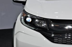 Honda BR-V V Variant Headlight, Malaysia 2017