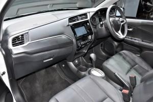 Honda BR-V V Variant Dashboard, Malaysia 2017