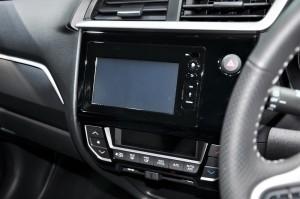 Honda BR-V V Variant Infotainment Malaysia 2017