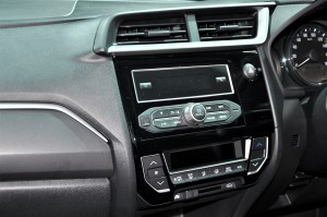 Honda BR-V E Variant Audio System, Malaysia 2017