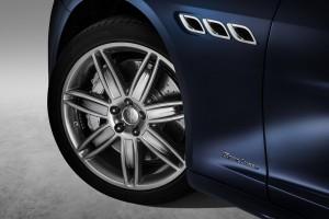 07_Maserati Quattroporte GranLusso - Copy