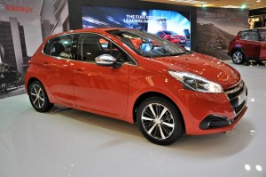 Peugeot 208 Puretech Launched In Malaysia, 2017 1 Utama Shopping Centre