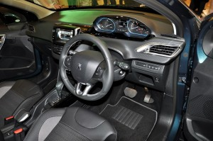 Peugeot 2008 Puretech Dashboard Malaysia 2017 Launch