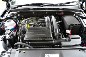 1.4 litre TSI engine delivers 150 horsepower. YSK_0628