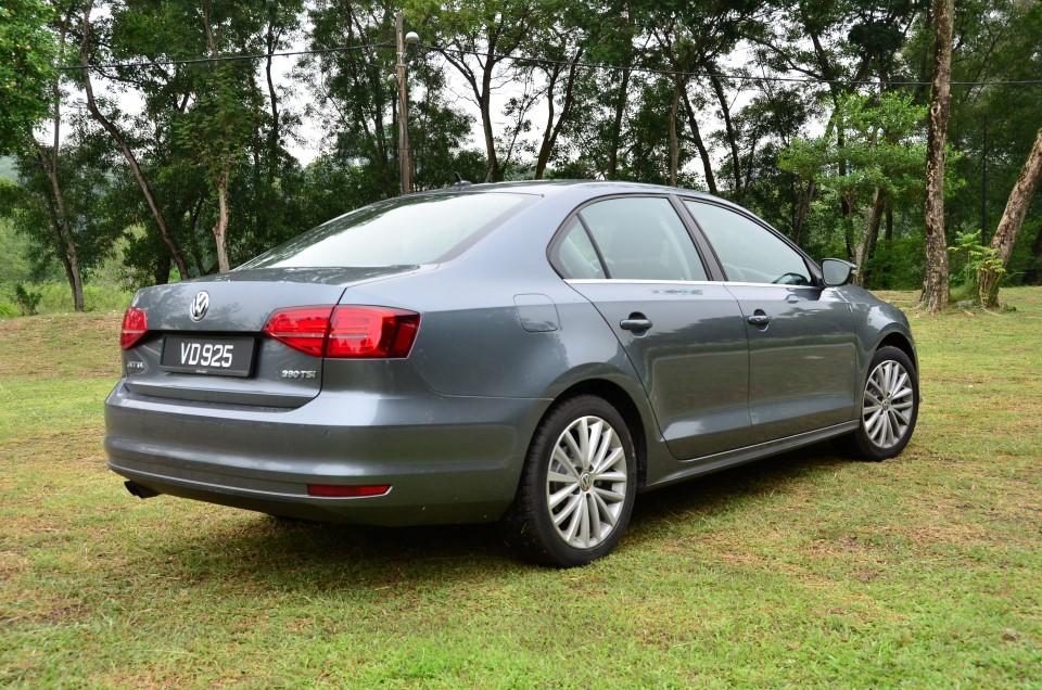 Volkswagen Malaysia Holds Volkswagen Sedanza Promotion With Rebates