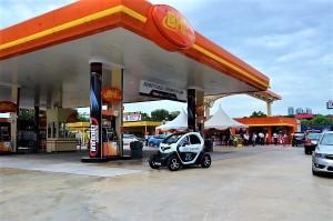 BHPetrol Kg Sg Kayu Ara Station with EV & PHEV Charging Station, Petaling Jaya Selangor