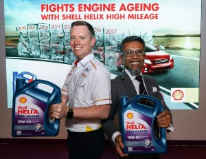 Shell Lubricants SEA Executive Director Troy Chapman (L) and Shell Malaysia MD Shairan Huzani Husain; Helix High Mileage Launch