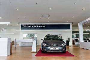 Volkswagen Tebrau 3S Centre Johor Bahru, showroom displays up to 8 cars
