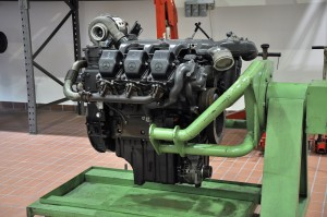 Mercedes-Benz Malaysia Training Academy - Mercedes Truck Engine