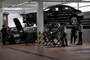 Mercedes-Benz Malaysia Cycle & Carriage Bintang Cheras Autohaus Service Area Hoists