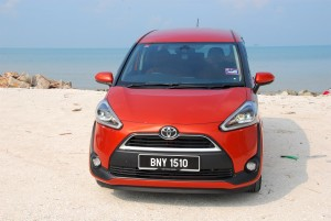 Toyota Sienta 1.5 V Front View Malaysia