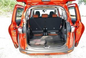 Toyota Sienta 1.5 Folded 3rd Row Seats Malaysia