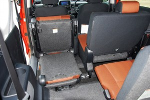 Toyota Sienta 1.5 Folding 3rd Row Seat Under 2nd Row, Malaysia