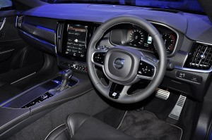 Volvo S90 T6 R-Design Dashboard