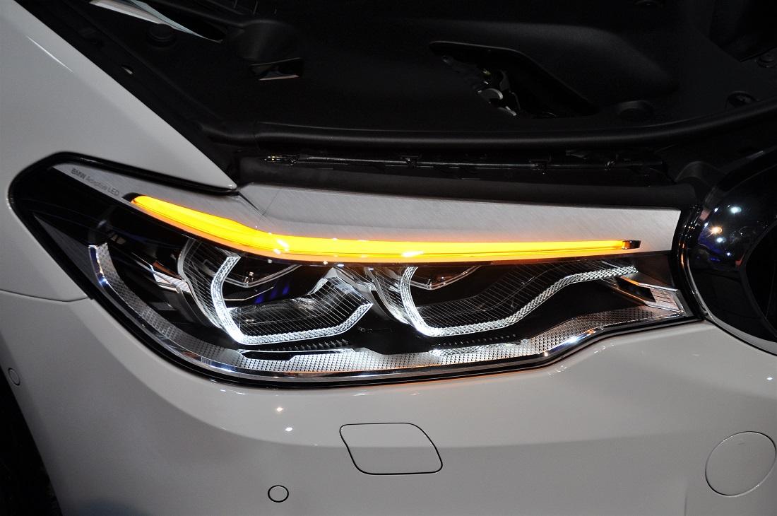 BMW 530i M Sport G30 Adaptive LED Headlight Malaysia Launch