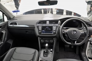 VW Tiguan Launch Highline Dashboard