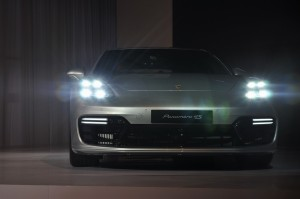 Porsche Panamera 4S 4-point LED daytime running lights Malaysia 2017