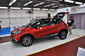 Renault Captur Tailgate Open, Side View, Tan Chong Euro Cars Malaysia, Local Assembly