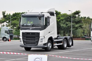 Volvo FH 440 Truck, Malaysia Launch