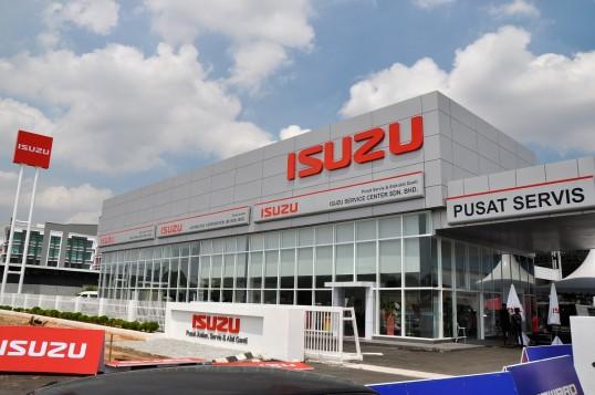 Flagship Isuzu Service Center Opens In Shah Alam