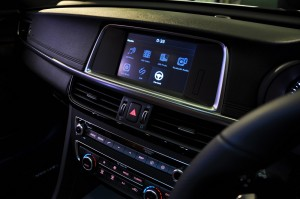 Kia Optima GT Infotainment Screen Malaysia 2017