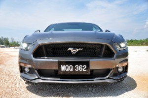 Ford Mustang GT Malaysia 2