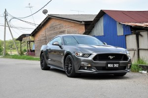 Ford Mustang GT Malaysia 5