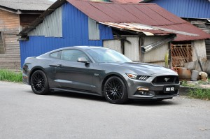Ford Mustang GT Malaysia 6