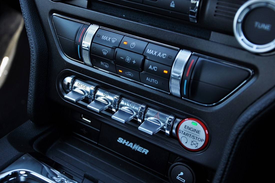 Ford Mustang GT Premium Interior Malaysia 13 - Autoworld ...