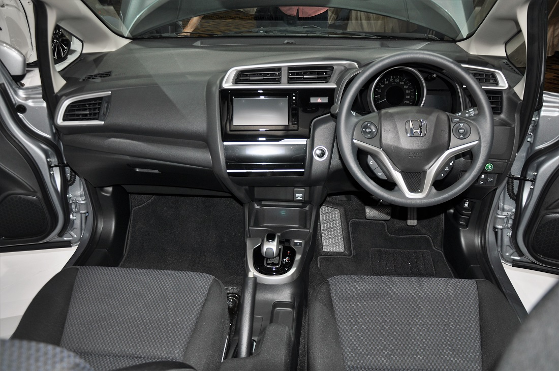 Honda Jazz Hybrid Interior Copy Autoworld Com My