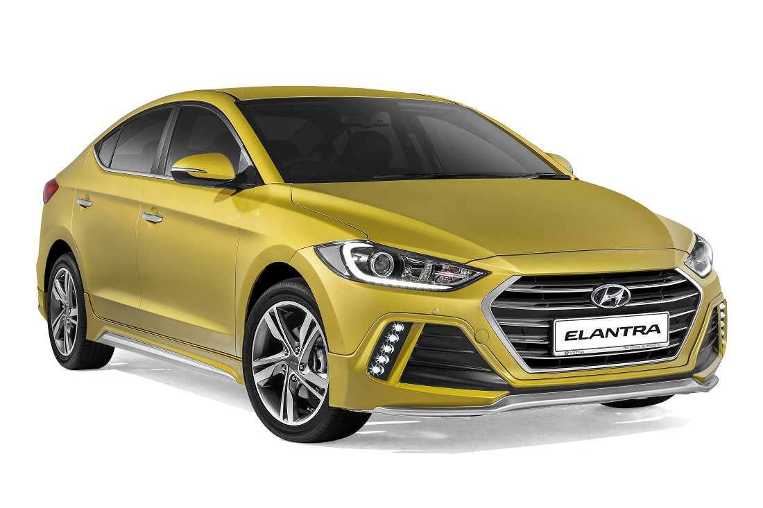 new hyundai elantra launched 3 variants including a turbo. Black Bedroom Furniture Sets. Home Design Ideas