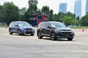 New Honda CR-V with the current model behind