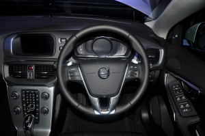 Volvo V40 T5 Inscription Steering Wheel, Malaysia 2017