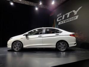 Honda City Hybrid Side View 2017 Malaysia