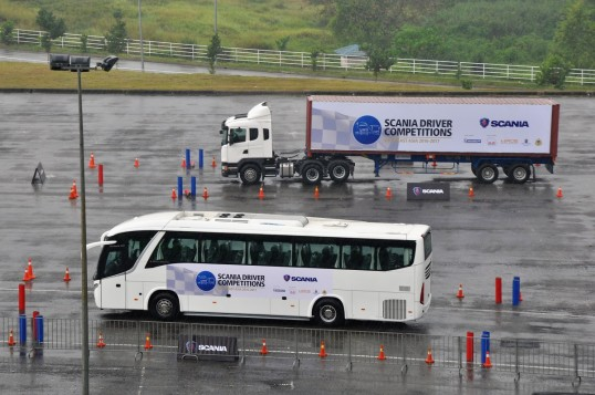 Malaysians Win Scania Driver Competitions Southeast Asia 2016/17