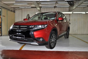 Mitsubishi Outlander 2.0L Exterior, Local Assembly, Malaysia 2017